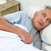 ۱۲ روش بهبود کیفیت خواب شب در افراد مسن